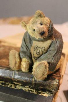 Arne By Elena Karasenko - Bear Pile