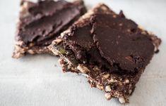 Nutella-Alternative ohne Palmöl und vegan. Mit Haselnüssen, Kokosöl, Kakao