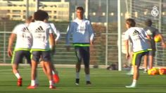 Ver All of the squad attend penultimate session before Clásico