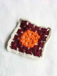 Granny #211 - 30 July 2014 #crochetmoodblanket2014 #sylphdesigns http://sylph.ee