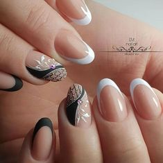 Make an original manicure for Valentine's Day - My Nails Square Nail Designs, Flower Nail Designs, Nail Art Designs, Nail Art Arabesque, Hair And Nails, My Nails, Vintage Nails, Bright Nails, Luxury Nails