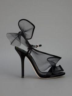 Escarpin d'été . Dolce & Gabbana Sandália Preta. - Biondini Paris