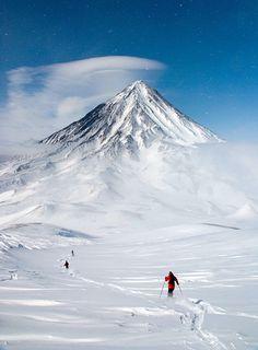 Koryakskiy Volcano (Russia) by Алексей Конев