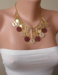 Color dorado Beige y marrón botón collar con cadena