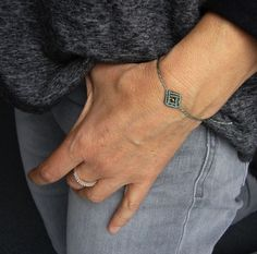 Flechtarmbänder - * Filigranes Armbändchen Makramée *  - ein Designerstück von crochet bei DaWanda