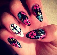 Nailsucide