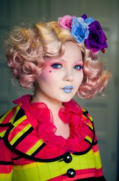 Effie Trinket | The Hunger Games Makeup