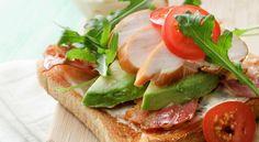 Un caldo e fragrante pane in cassetta farcito con... Scoprite le 5 ricette che abbiamo pensato per voi! Da quale comincerete?  #LeIdeediAIA #AIA #Toast #Pomodoro #Pane #Prosciutto #Formaggio #Insalata #Panini #Sandwich #Appetizer #Lunch #Pranzo #Cena #Dinner