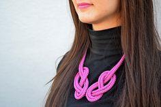 Náhrdelník z lana alebo šnúry V. Lanai, Crochet Necklace, Homemade, Jewelry, Fashion, Carnavals, Moda, Jewlery, Home Made