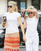Kim Basinger & daughter Ireland Baldwin in Hawaii on Dec.8,2012