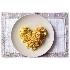 Lovely meal 🍽 [Riso, farro ed orzo condito con pezzetti di mela ed insaporito con il curry] #food #foodporn #love #meal #rise #barley #spelt #curry #apple #heart #shabbychic #homemade