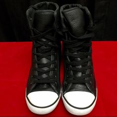 Black Leather Converse Hi Top Chucks These black leather converse hi tops are used but still in good condition. US Size 6, in EUR size 37, And UK size 4 Converse Shoes Sneakers