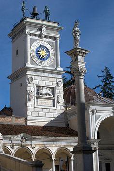 Udine, in het uiterlijke oosten van het land