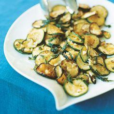 Sautéed Zucchini Recipe -- super easy, #paleo