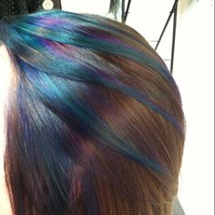 We've gathered our favorite ideas for 15 Must See Peacock Hair Color Pins Peacock Hair, Explore our list of popular images of 15 Must See Peacock Hair Color Pins Peacock Hair in peacock hair highlights. Peacock Hair Color, Ombre Hair Color, Hair Colors, Peacock Colors, Peekaboo Hair, Peekaboo Highlights, Subtle Highlights, Hair Highlights, Oil Slick Hair