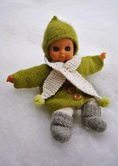 Doll clothes, knitting and felting kaksneljaseitteman.blogspot.fi