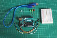 Lerne in diesen Arduino Tutorial 3 LED's gleichzeitig anzusteuern. Den Code kannst du einfach kopieren oder auch herunterladen. Am ende hast du eine ausführliche Erklärung um auch den Code zu verstehen.