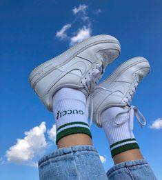 Urban Aesthetic, Aesthetic Shoes, Aesthetic Vintage, Blue Aesthetic, Aesthetic Clothes, Aesthetic Grunge, Tomboy Fashion, Grunge Fashion, Adidas Fashion