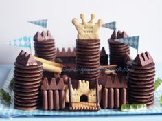 10 pastissos Gravity Cake - com fer-los - totnens Happy Birthday Kids, Birthday Parties, Knight Party, Knight Cake, Gravity Cake, Edible Food, How To Eat Better, Food Humor, Cute Food