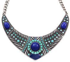 Material: Kurze Kette in Silberfarben im modernen Ethno-Stil. Drei blaue Maxiperlen zieren das Collier.            Länge:  39 - 47 cm          Breite:  13 cm