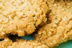 Oatmeal Crispies - these things are amazing! {The Pioneer Woman}