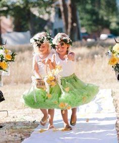 St. Patrick's Day wedding.. These flower girls are so adorable.
