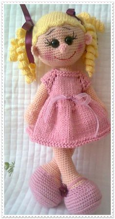 I think this is the best example of crochet hair on dolls looks like the scallop details for hair solid eyes and lashes ccuart Image collections