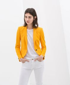 Bright Blazers: 20 Ways To Get That Promotion #refinery29  http://www.refinery29.com/blazers#slide10