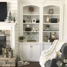 How to style simple book shelves in your home