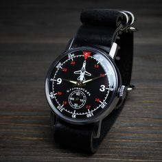 skeleton watches for men leather band Bracelet Nato, Bracelet Cuir, Sport Watches, Cool Watches, Wrist Watches, Men's Watches, Casual Watches, Automatic Skeleton Watch, High End Watches