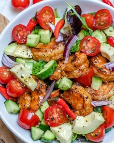 Fast and Easy Chili Lime Shrimp Salad is Ready in Minutes! Fast and Easy Chili Lime Shrimp Salad is Ready in Minutes! Clean Recipes, New Recipes, Cooking Recipes, Healthy Recipes, Shrimp Salad Recipes, Seafood Recipes, Clean Eating, Healthy Eating, Salads
