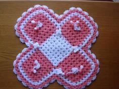 Gerçek boyutunu görmek için resme tıklayınız. Baby Blanket Crochet, Crochet Baby, Handmade, Kids, Baby Blankets, Facebook, Decorated Flip Flops, Crochet Table Runner, Crochet Carpet