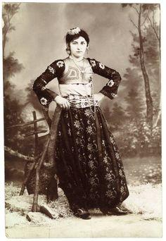 Albanian woman - Pjeter Marubi