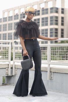 Tulle Cape/ Shrug with Ribbon Tie – Two Pretty Girlz Funky Fashion, I Love Fashion, Autumn Fashion, Womens Fashion, Fashion Ideas, Crochet Shrug Pattern Free, Beautiful Outfits, Cute Outfits, Shrug For Dresses
