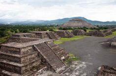 Teotihuacán - Die Sonnenpyramide und die Strasse der Toten