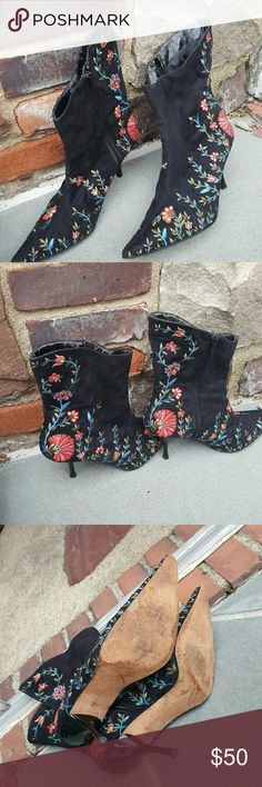 Beverly Feldman bogo embroidered bootie 10 The outside is absolutely in excellent condition and there is somewhere as shown inside but boots have leather soles and are in quite good condition. No stains. 3 inch heel. Shoes may not be bundled and less weight is under 5 pounds. Reasonable offers Beverly Feldman Shoes Ankle Boots & Booties