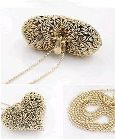 Colar  Amor Fashion  Linda peça Formato coração - toda em detalhe floral  Cores - dourado ou prata  Um charme!!!
