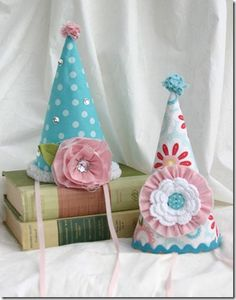 party hats.....so classic, I love them!