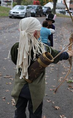 """Legolas, Elven Archer from LOTR-- complete with Orlando Bloom """"wig"""" - OCCASIONS AND HOLIDAYS"""