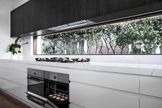 Type of Project: Residential Designers: Adrianna Doueihy Location: Earlwood NSW Completion: November 2017 Apartment Kitchen, Kitchen Interior, Kitchen Decor, Modern Farmhouse Kitchens, Home Kitchens, Dream Home Design, House Design, Kitchen Benchtops, Modern Kitchen Design