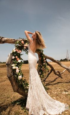 The Gala by Galia Lahav Wedding Dress Collection is known for exquisite, extravagant custom-made haute couture wedding gowns and celebration dresses. Wedding Dress Sizes, Designer Wedding Dresses, Bridal Dresses, Weeding Dresses, Bridal Gown, Collection 2017, Bridal Collection, Bridal Reflections, Bridal Dress Design