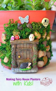 Make this Adorable and enchanting DIY fairy house for your fairy garden or fairy garden party with kids. A perfect craft to make with the kids this summer! Diy Garden, Garden Crafts, Diy Crafts, Garden Ideas, Tiered Garden, Fairy Houses Kids, Garden Houses, Fairy Doors, Fairy Garden Accessories