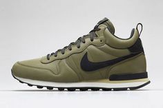 size 40 1b8e2 5a309 Autumn has just arrived and with it comes the whole new colored Nike  Internationalist Mid shoes. A track shoe was now transformed in a all  purpose mid-cut ...
