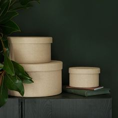 KVARNVIK beige, Storage box, set of These round boxes are reminiscent of elegant hat boxes of the past. Perfect for storing scarves or other accessories. Woven paper on the outside, and as the icing on the cake – a classic pattern inside. Clothes Storage Boxes, Under Bed Storage Boxes, Storage Boxes With Lids, Small Storage, Storage Baskets, Media Storage, Ikea Storage Boxes, Paper Storage, Desk Paper Organizer