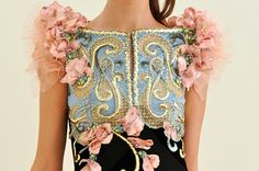 This is possibly the most beautifuly embroidered dress top ever. Alexis Mabille f/w 2010, seen on Blair Waldorf on GG 4x22