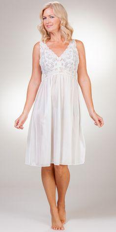 Plus Waltz Sleeveless Shadowline Silhouette Nightgown in Ivory