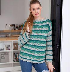 Джемпер с двухцветным волнистым узором Благодаря пряже из хлопка и шелка спортивный пуловер с волнистым узором очень нежный и мягкий.  Журнал «Маленькая Diana» № 4/2016