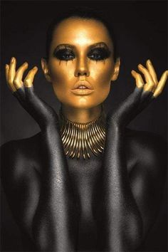 People Photography, Creative Photography, Fantasy Make Up, Or Noir, Gold Money, Gold Face, Gold Makeup, Beauty Shoot, Painting Gallery