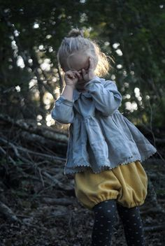if/when i ever have a little girl.....i'll dress her like this :)   © Marie Bas pour La Princesse au petit pois®