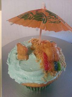 Cute cupcakes Beach Cupcakes, Fancy Cupcakes, Creative Cakes, Creative Food, Cup Cakes, Cupcake Cakes, Fairy Cakes, Summer Treats, Cupcake Ideas
